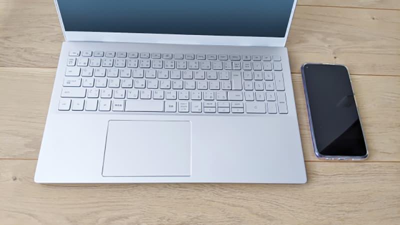 スマホとパソコン